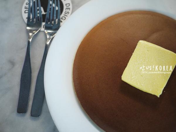 首爾|cafe aA:: 喝咖啡,品藝術